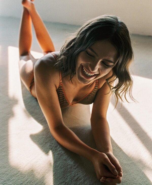 La Nature Femininity della lingerie Momon